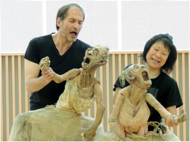 Improvisations acteur belge et actrice japonaise
